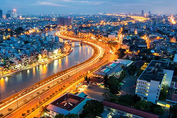 Sài Gòn sôi động
