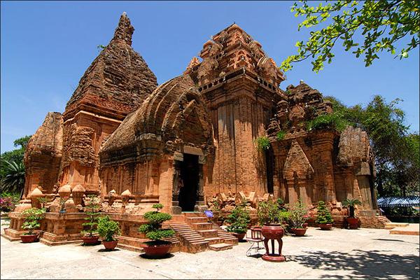 Vé máy bay từ Hà Nội đi Nha Trang