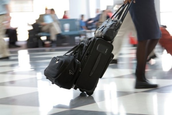 Lần đầu đi máy bay cần giấy tờ gì